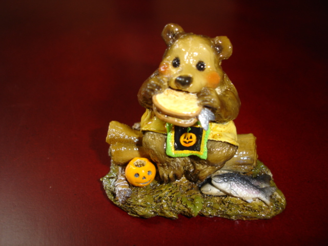 BB-03 Lunch on a Log