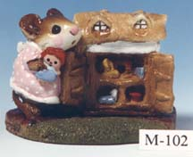 M-102 Mousey's Dollhouse