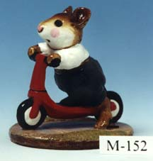 M-152 Scooter Mouse