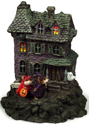 M-165 Haunted Mouse House