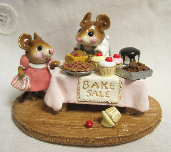 M-220 Mousey's Bake Sale