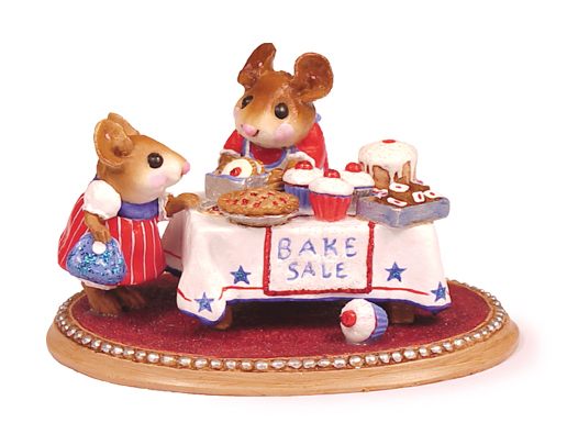 M-220s Mousey's Bake Sale