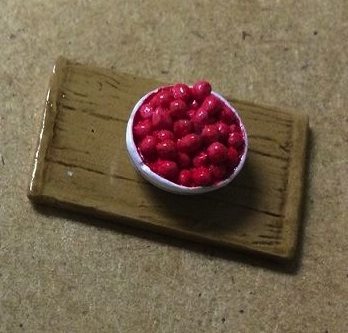 M-302y Bowl of Berries