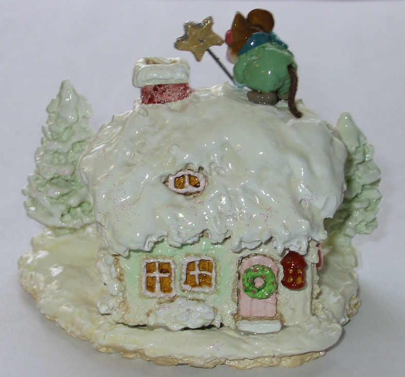 M-311c Christmas Cottage