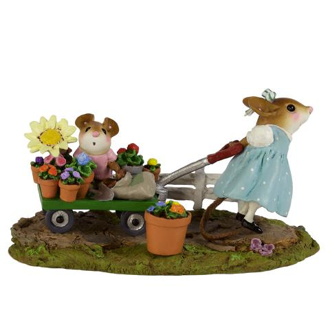 M-517a Mommy's Garden Helper