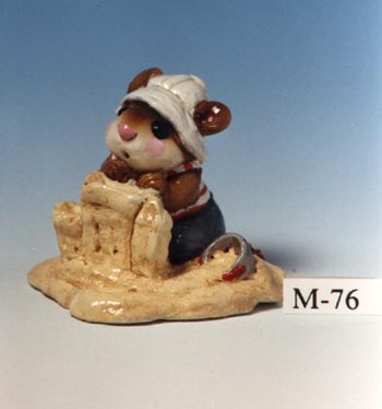 M-076 Beach Mousey